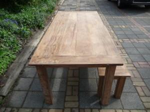 teak tafel 220x100cm en bankje 190cm oud hout (6)